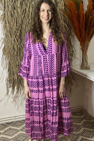 Miss Goodlife Kleid in pink mit Ikat Muster